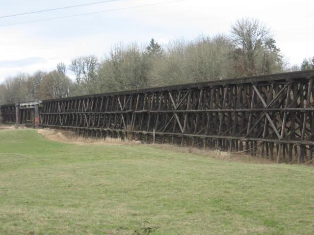 Train trestles