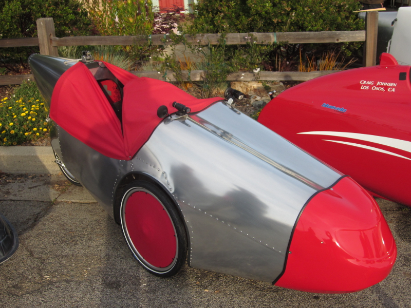 The famous Alleweder velomobile goes back to the late 80′s.